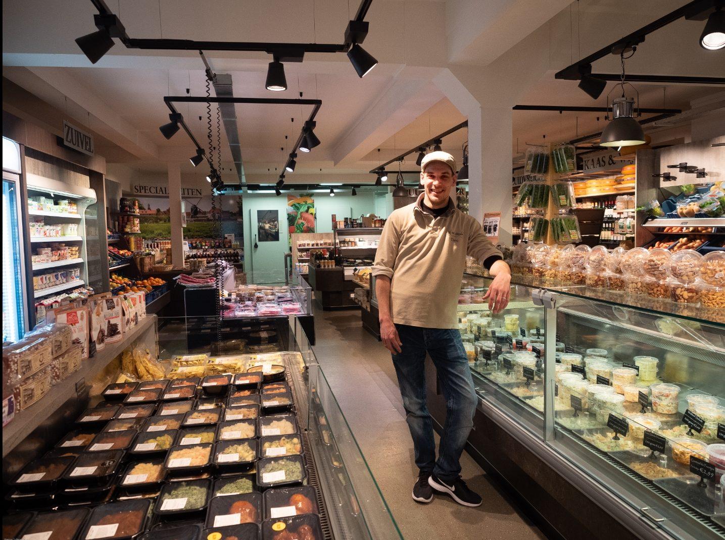 Theo in de winkel